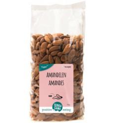 Terrasana RAW Amandelen bruin 750 gram | € 19.57 | Superfoodstore.nl