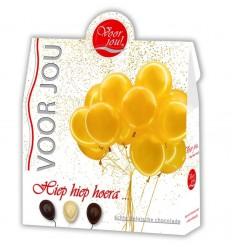 Voor Jou! Cadeau doos hiep hiep hoera 100 gram   € 3.55   Superfoodstore.nl